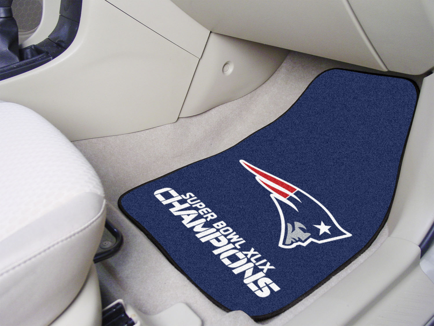 New England Super Bowl XLIX 2pc Vinyl Backed Carpet Car Mat Set