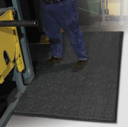 Beveled ErgoFlex Anti-Fatigue Closed-Cell PVC Foam Mat