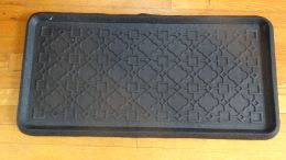 Trellis Embossed Natural Rubber Boot Tray - 32 x 16 x 1