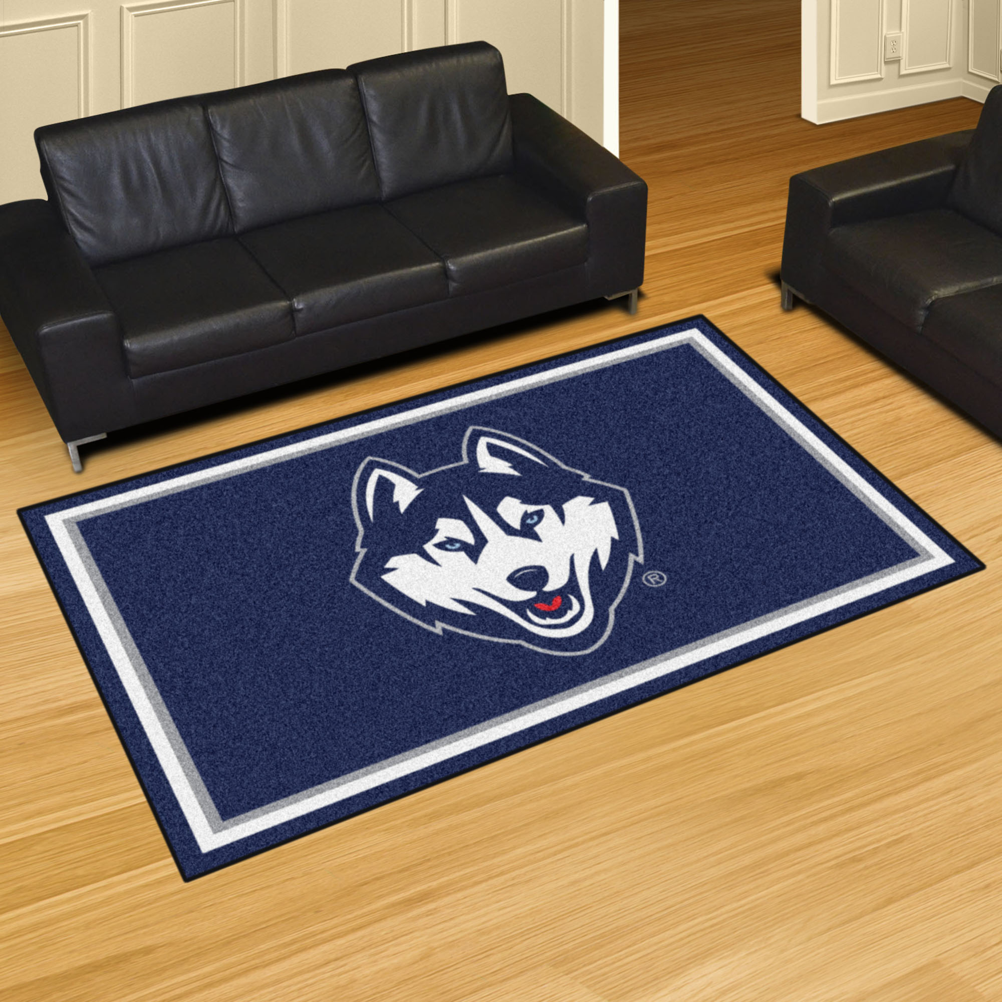 University of Connecticut Huskies Area Rug – 5 x 8